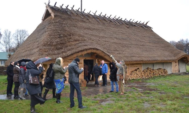 Farms draw tourists and revenue to Belarus